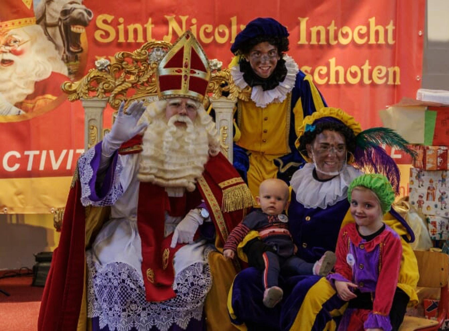 Sinterklaas in Kruispunt